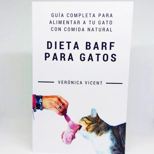 Guía completa para alimentar a tu gato con comida natural