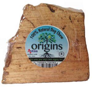 Antos Origins es un snack natural 100% para perros. Son raíces de olivo. Están hechas a mano, son eco-sostenibles, se cosechan suavemente, se secan al aire durante muchos meses y finalmente se limpian y se cortan a medida. Duran mucho, Adecuados para todos los perros, incluidos los cachorros, y satisfacen la necesidad natural de masticar de un perro. No se astillan, son bajos en grasa y no contienen aditivos ni conservantes artificiales.